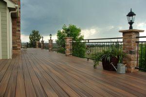 La patioteca reformas de porches terrazas y jardines en for Remate de terrazas